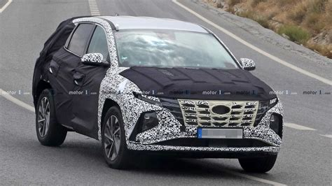 Design Tucson by 2021 Hyundai Tucson Spied With Less Camo To Reveal New
