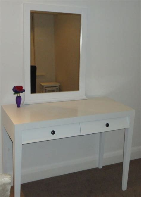 diy dressing table makeovers youll  shelterness