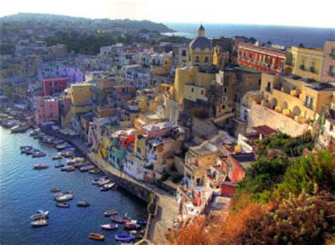 top      naples italy travel guide