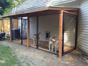 Best 25 dog runs ideas on pinterest outdoor dog runs for Outside covered dog kennels