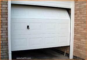porte de garage sectionnelle avec porte d entree pvc leroy With porte de garage avec portillon integre leroy merlin