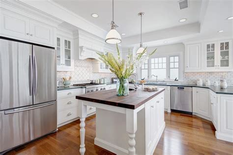 25 Beautiful Kitchen Designs. Round Mirror With Rope. Ikea Bean Bag Chairs. Wall Storage Units. Latte Sherwin Williams. Ivory Cabinets. Moroccan Mirror. Southwest Design. Green Tile Backsplash