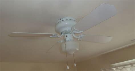 Hton Bay Ceiling Fan Wall by Why Hton Bay Littleton Ceiling Fan Is The Ideal Choice