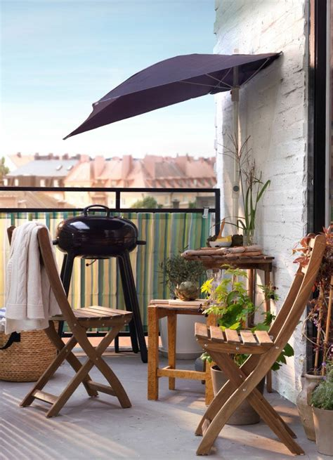le parasol de balcon en  variantes