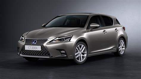 lexus hatchback lexus ct200h facelift unveiled anyone remember this