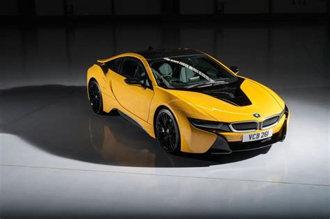 bmw i8 colors bmw i8 gets individual colors in the uk