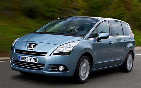 peugeot cars diesel peugeot 5008 is diesel car of the year magazine research