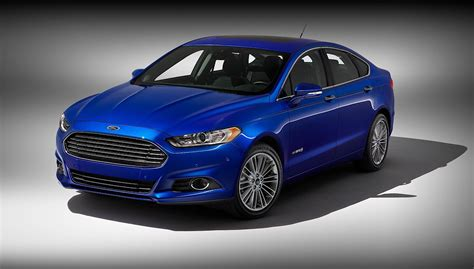 Ford Car : Ford Fusion Hybrid Specs & Photos