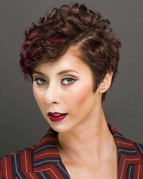 25 Latest Mixed 2018 Short Haircuts for Women : Bob Pixie