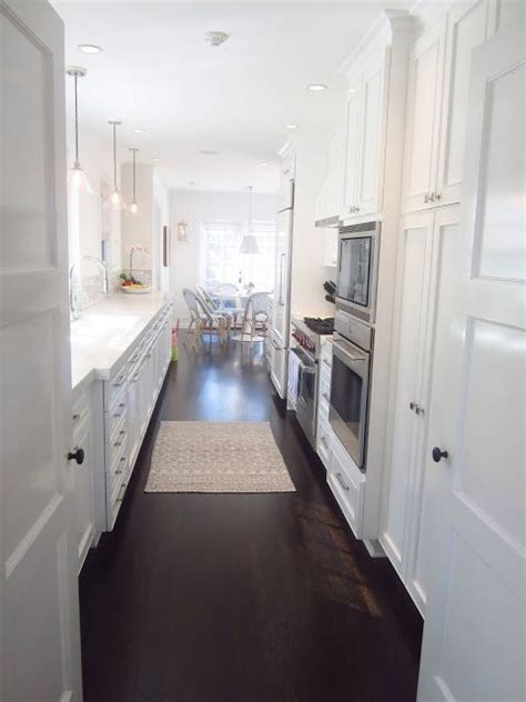 images  simply white  benjamin moore  pinterest cabinets white subway tiles