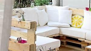 Canape De Jardin En Bois : canap lit palette top matelas pour divan lit with canap lit palette perfect agrandir les ~ Dallasstarsshop.com Idées de Décoration