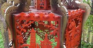 Chinese dragons ceiling lamp, scroll saw fretwork pattern