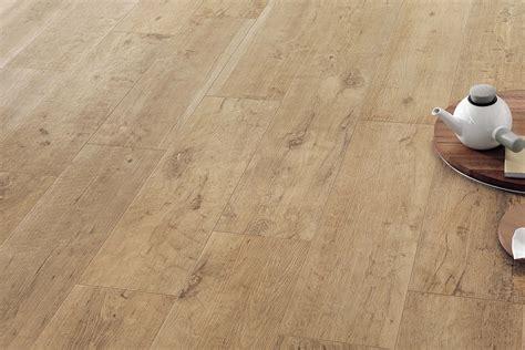 Fliesen Kaufen Für Küche by Fliesen Holzoptik Eiche Gro 223 Format Axi Golden Oak