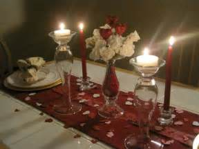 Decorating Romantic Dinner Table For That Special Dinner