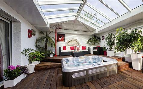 fond blanc cuisine véranda spa et salon blanc cassé extension sur mesure