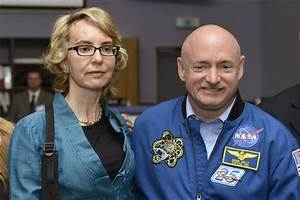 Scott Kelly returning to Earth after 340 days in space ...