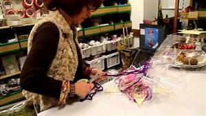 Geschenk Verpacken Folie : geschenke einpacken mit pfiff 1 youtube ~ Orissabook.com Haus und Dekorationen