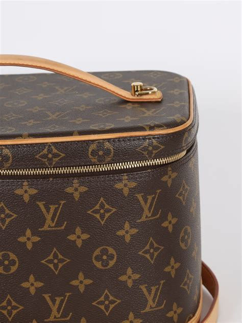 louis vuitton nice monogram canvas cosmetic bag luxury