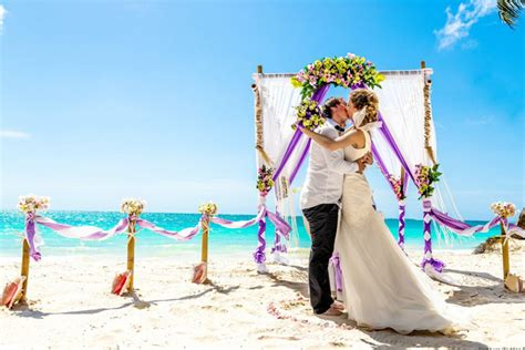 top 10 ideas for destination weddings on a budget