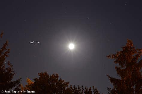 La Lune à l'ouest de Saturne le 25 juillet