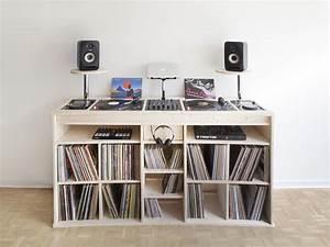 Meuble Pour Vinyle : port e le meuble pour vinyles de estis blog esprit design ~ Teatrodelosmanantiales.com Idées de Décoration