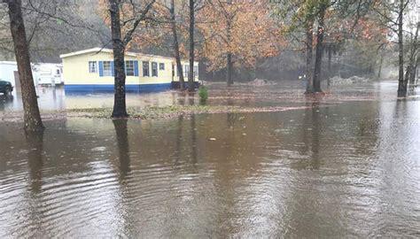 summerville flooding  neighbors begging   county
