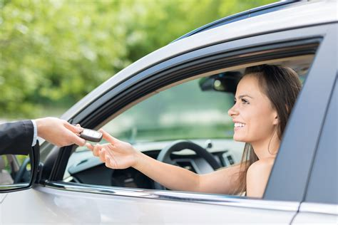 What to Look For When Buying a Used Car - CarGurus