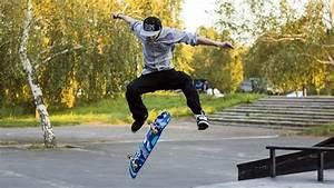 Mystery Wallpaper: Kickflip Skateboard
