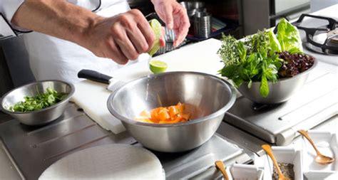 cours cuisine angers offres cours de cuisine bons plans jusqu 39 à 70 pour