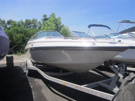 Crownline Boats For Sale In Missouri by Crownline 202 Boats For Sale In Missouri