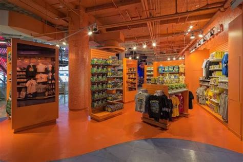 nickelodeon digital shop shop times square retail customer experience