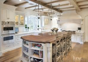 kitchen island centerpiece ideas country kitchens ideas in blue and white colors