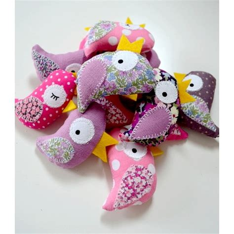 tissu pour chambre bébé adorables oiseaux en tissus pour décorer la chambre de