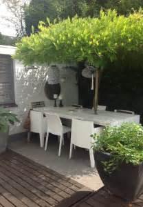 table et chaise de jardin en bois comment choisir une table et chaises de jardin
