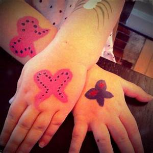 Hand Tattoo Designs-Tattoos On Hands