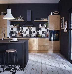 Cuisine Bois Clair : une cuisine style industriel en bois clair et noir leroy ~ Melissatoandfro.com Idées de Décoration