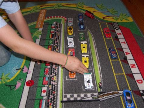 tapis de jeu pour petites voitures les 25 meilleures id 233 es concernant tapis de jeu de voiture sur tapis de jeux et