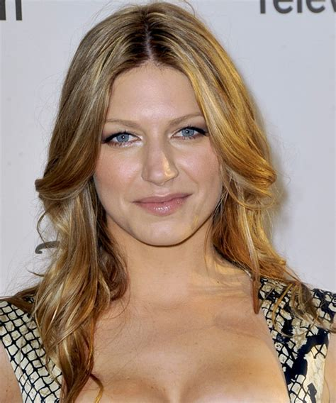 Jes Macallan Long Straight Casual Hairstyle   Medium