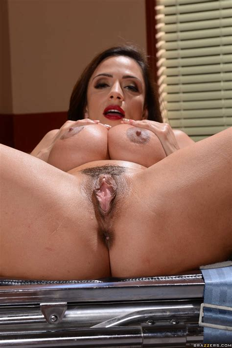 Woman In Red Dress Is Showing Pussy Photos Luna Star