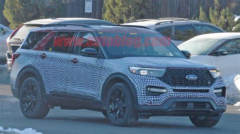 ford explorer st performance crossover spied autoblog