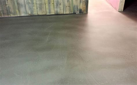 Poured Rubber Flooring Uk by Polished Resin Concrete Resin Flooring Contractors
