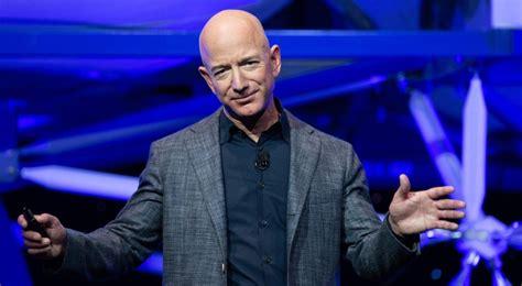 Jeff Bezos deja el puesto de CEO en Amazon | Clase