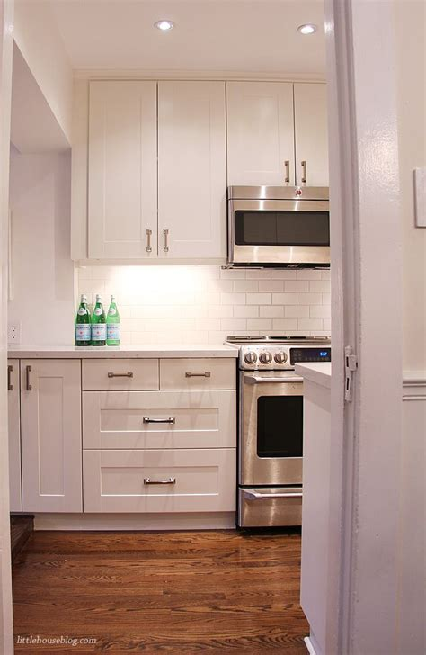 ikea kitchen top cabinets 25 best ideas about ikea kitchen cabinets on pinterest