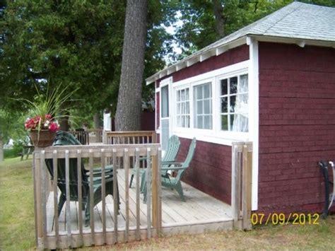 Pinecrest Cottages