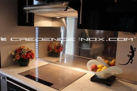credence inox cuisine crédence inox miroir le décoration de crédence inox