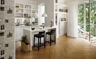 parquet dans la cuisine carrelage cuisine céramique imitation parquet