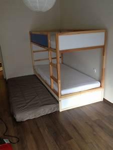 Ikea Hacks Podest : ikea kura double bunk bed extra hidden bed sleeps 3 ikea hackers ~ Watch28wear.com Haus und Dekorationen