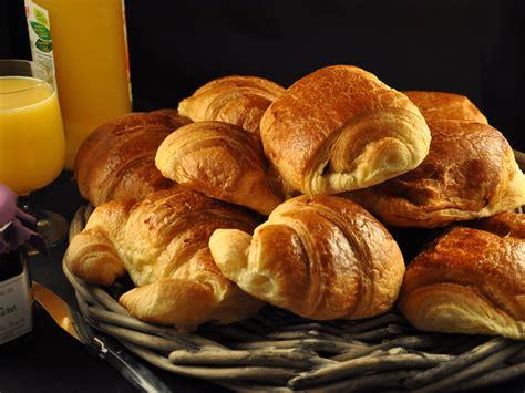 table de cuisine à vendre croissant au chocolat swyze com