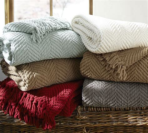 pottery barn throw pottery barn grand chenille throw copycatchic