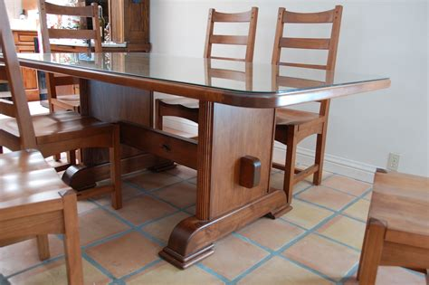 crafted craftsman alder table and chairs with